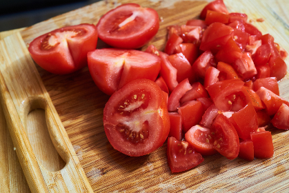 chopped,  tomatoes,  cutting,  board,  closeup,  red,  rustic,  food,  juicy,  cooking,  kitchen,  organic,  fruit,  vegetable,  ingredient,  vegan