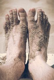 free photo of feet  barefoot