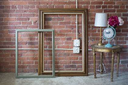 picture,  frames,  brick,  interior,  lamp,  light,  table,  old,  vintage,  antique,  wall,  empty,  objects,  decor,  decoration