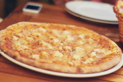 pizza, cheese, crust, food, plate, table, eat