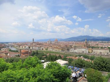 Piazzale Michelangelo, Florence, Italy, city, buildings, architecture, rooftops, view, mountains, sky, clouds, trees, restaurant, waiter
