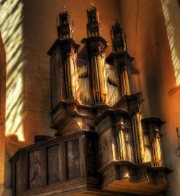 free photo of church  architecture