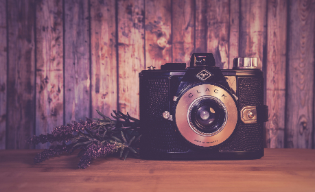 clack,   analogue,   vintage,   camera,   antique,   equipment,   classic,   leaves,   lens,   light,   old,   retro,   sepia,   germany,   wood,   table