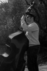 musician, musical instrument, music, bass, man, parc, sunglasses, hat, black and white, people