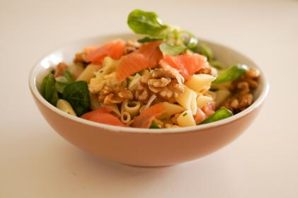 food, salmon, pasta, lettuce, spinach, walnuts, bowl, healthy, lunch, dinner