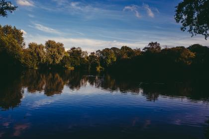 lake, water, trees, nature, outdoors, sky, clounds, sunshine, reflection