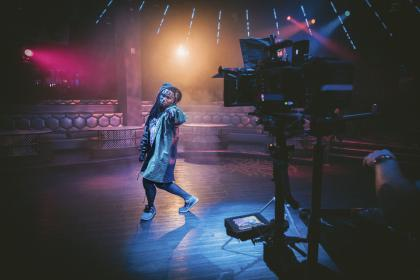 people, man, dance, perform, video, production, record, lights, presentation