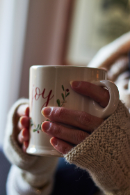 cozy,  coffee,  mug,  woman,  christmas,  hot,  beverage,  background,  drink,  sweater,  adult,  hand,  warm,  object,  close up,  festive, person