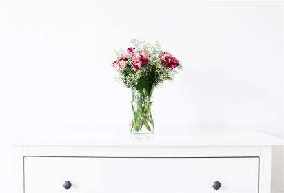 roses, flowers, bouquet, vase, dresser, white