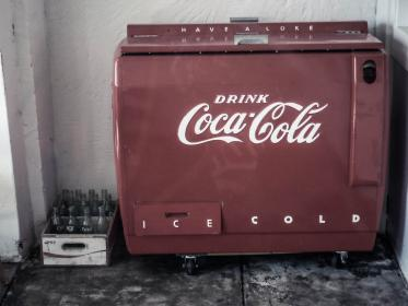 cooler, oldschool, vintage, coca cola, coke, bottles, ice, cold