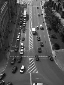 black and white, barcelona, traffic, cars, roundabit, road, street, trucks, city