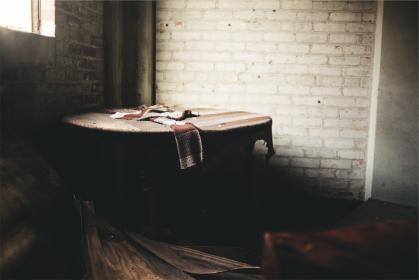 circular, table, cloth, wood, bricks, room