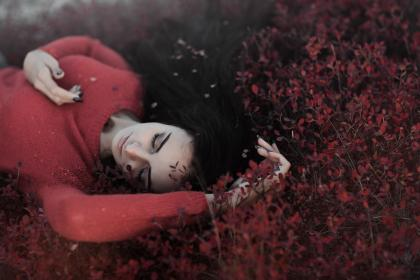 red, leaves, falling, autumn, fall, model, beauty, girl ,people
