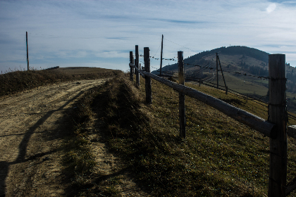 nature ,  mountains ,   beauty,  grass ,  land,  planning,   prospect,  farther,  stitch,  road,  fence,  sun,  shadow,  sky,  pillars,   rest,  travel ,   impression ,  life,  free