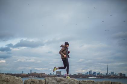cold, weather, winter, hoodie, jacket, beanie, exercise, fitness, health, lifestyle, outdoor, sea, ocean, rocks, wall, running, jogging, coast, skyline, view, landscape