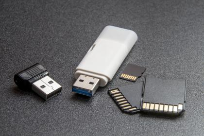 technology, gadgets, portable, memory, banks, micro, sd, cards, usb, dongle, drives, bluetooth, storage
