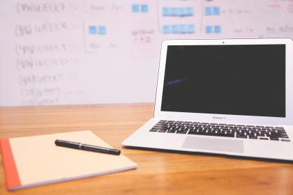 macbook air, laptop, computer, technology, notepad, notebook, pen, objects, office, desk, business, working, whiteboard
