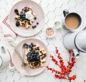tableware, blueberry, fruit, food, sweets, dessert, teapot, tea, coffee, sprinkles, napkin