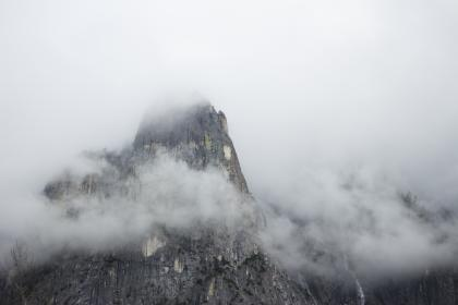 nature, landscape, mountains, rocks, clouds, fog, eerie