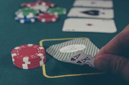 poker, cards, ace, king, casino, gambling, hearts, betting, chips, table, felt