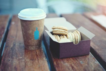 wood, table, coffee, lid, cup, desserts, cookies, box, sweets, macaroons, drink, eat, snack