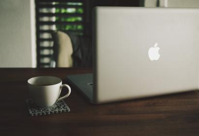 apple, macbook, laptop, computer, technology, business, office, wood, desk, coffee, cup, coaster