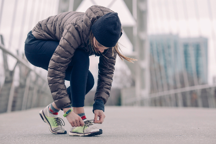 woman,  sneakers,  workout,  training,  sport,  fitness,  cold,  jacket,  hat,  running,  run,  jog,  sprint, trainers, train