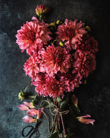 free photo of flower    table