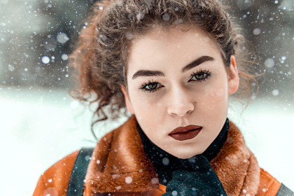 beautiful,   beauty,   fashion,   girl,   model,   outdoors,   photoshoot,   pretty,   season,   woman,  attractive,   curly hair,   daytime,   eyes,   face,   female,   hair,   hairstyle,   natural,   posing,   skin,   young,   cute,   glamour,   lady, snow, winter, cold, serious