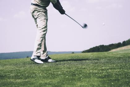 golf, sport, game, people, alone, playing, man, lawn, green, grass, field, outdoor, nature, sky