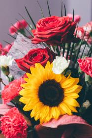 free photo of bouquet  flowers