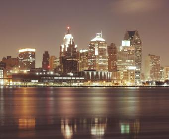 detroit, city, downtown, buildings, towers, rooftops, skyline, view, water, lights, sky, night, dark, architecture, evening