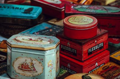 free photo of colorful  tin