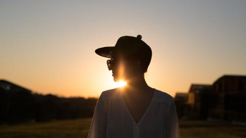 people, woma, girl, female, clothing, hat, cap, outdoor, landscape, sunset, view, sunlight, silhouette, sky