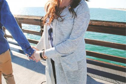 couple, love, people, holding hands, pier, sweater, fashion