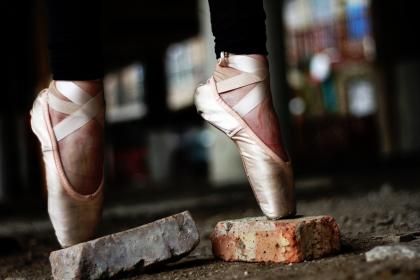 bricks, ballet, shoes, pink, pointed, toes