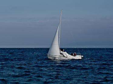 sailboat, sailing, ocean, sea, water, waves, horizon, blue, sky