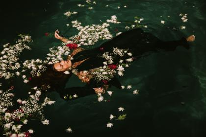 woman, girl, lady, people, swim, float, submerged, nature, water, sea, river, flowers, still, life, fashion, style, photography, beauty