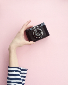 free photo of girl   camera