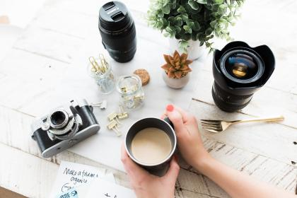 camera, lens, black, photography, table, plant, nature, coffee, work, desk, clips, fork