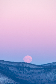 rising,  full,  moon,  dawn,  dusk,  snowy,  mountain,  pastel,  horizon,  light,  landscape,  outdoor,  rural,  sky,  moonlight,  supermoon
