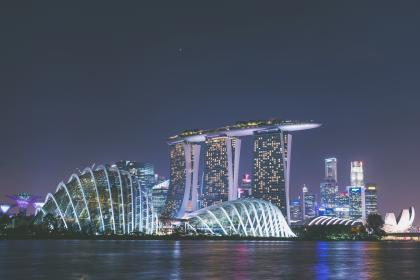 singapore, attraction, building, architecture, sea, water, city, urban, ship, sky, design, infrastructure, structure, lights, hotel