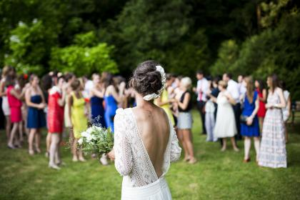 woman, girl, lady, people, back, events, wedding, bride, bouquet, toss, grass, venue, happy, jubilant, family