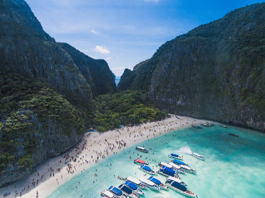 boats,   canyon,   water,   scenic,   travel,   landscape,   rocks,   blue,   sky,   clouds,   warm,   peaceful,   world,  beach,  people,  vacation