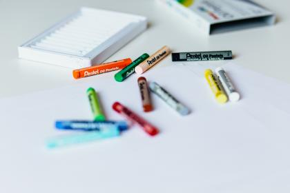 free photo of crayons  color