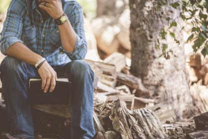 guy, man, male, people, sit, fashion, style, baller, bands, watch, read, book, nature, trees, trunk, leaves, timber, still, bokeh