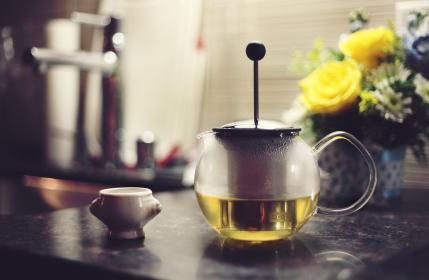 free photo of green tea  press