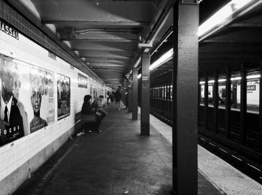 subway, station, city, urban, underground, black and white, people, lifestyle, New York