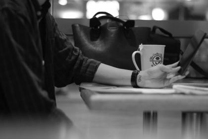 black and white, people, arm, hand, phone, mobile, touchscreen, cup, mug, tea, table, leather, bag, travel