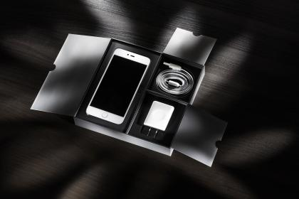 phone, cellphone, apple, iphone, black, technology, charger, package, wire, kit, new